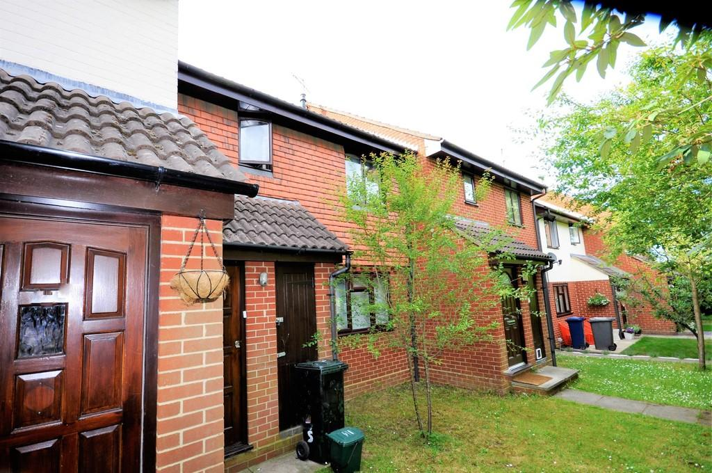 1 Bedroom Apartment Flat for sale in Ladycross, Milford