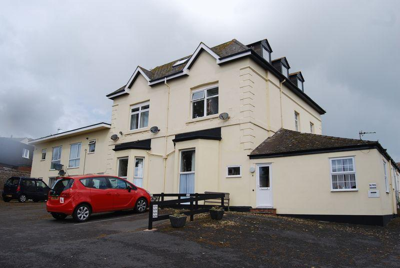 1 Bedroom Flat for sale in 1 Elm Grove Road, Dawlish