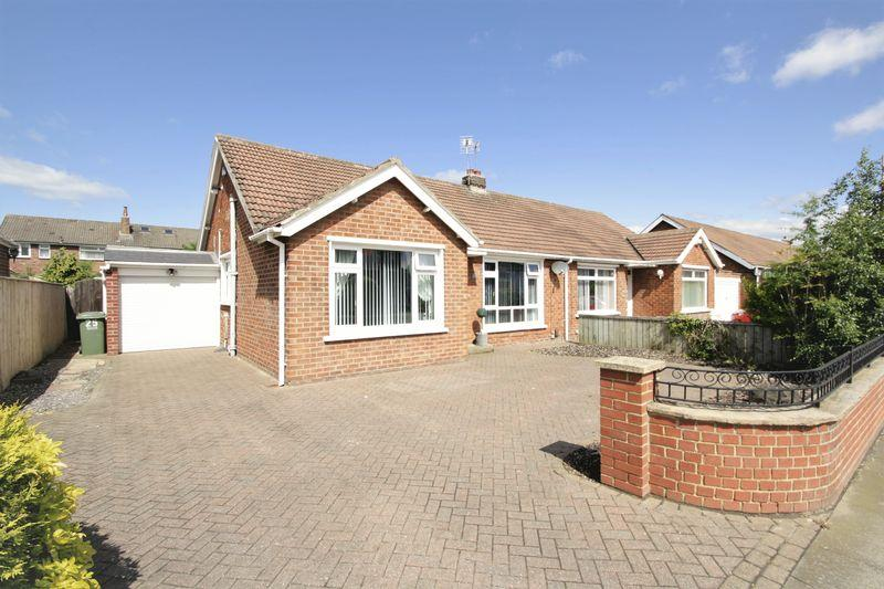 2 Bedrooms Semi Detached Bungalow for sale in Upsall Grove, Fairfield, Stockton, TS19 7BN