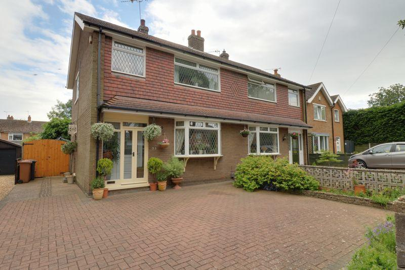 3 Bedrooms Semi Detached House for sale in Audern Road, Bottesford