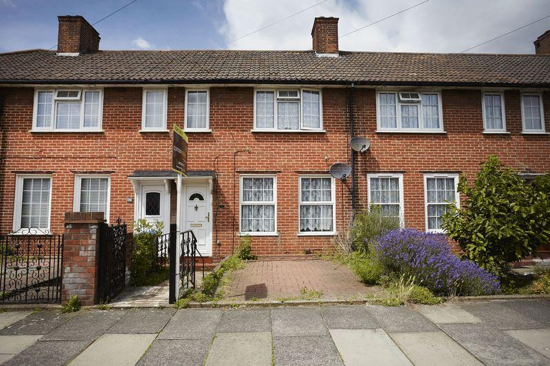2 Bedrooms Terraced House for sale in Prince Henry Road, Charlton