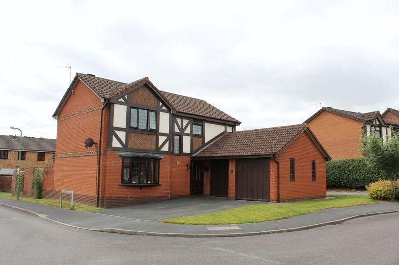 4 Bedrooms Detached House for sale in Coldridge Drive, Herongate, Shrewsbury, SY1 3YT