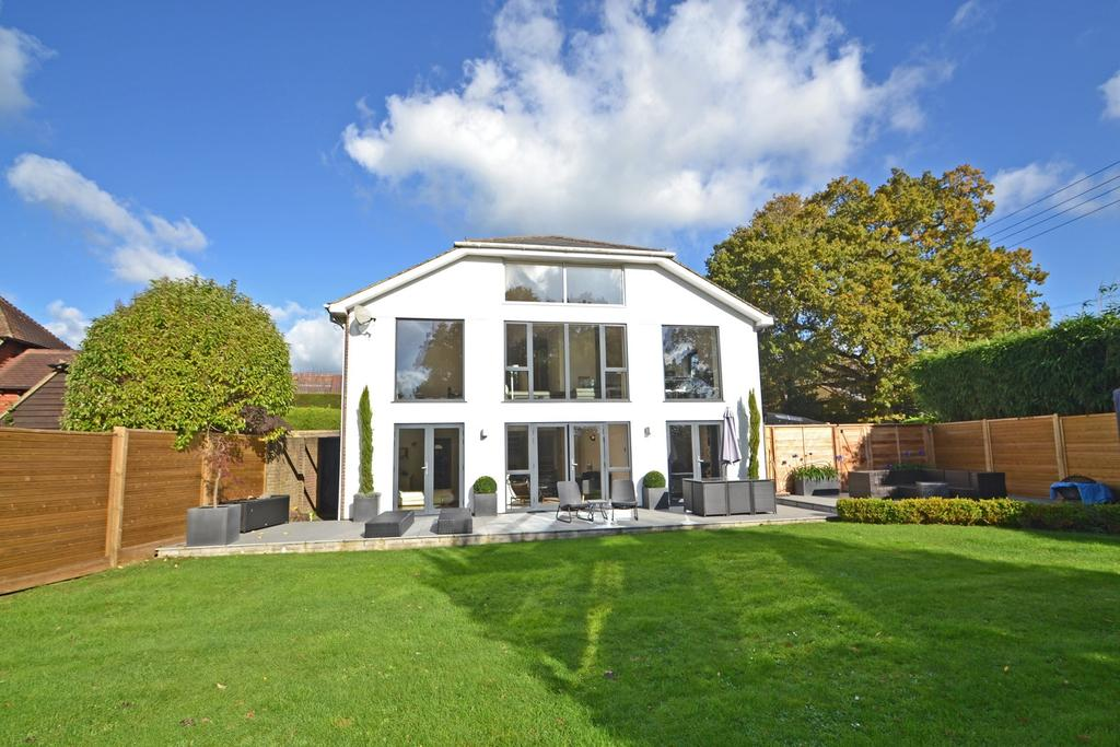 5 Bedrooms Detached House for sale in West Chiltington, West Sussex RH20