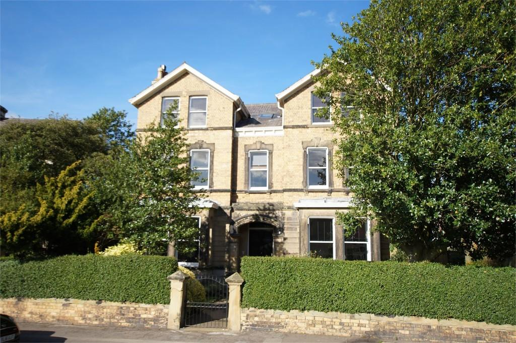 4 Bedrooms Flat for sale in Mount View Oriel Crescent Scarborough