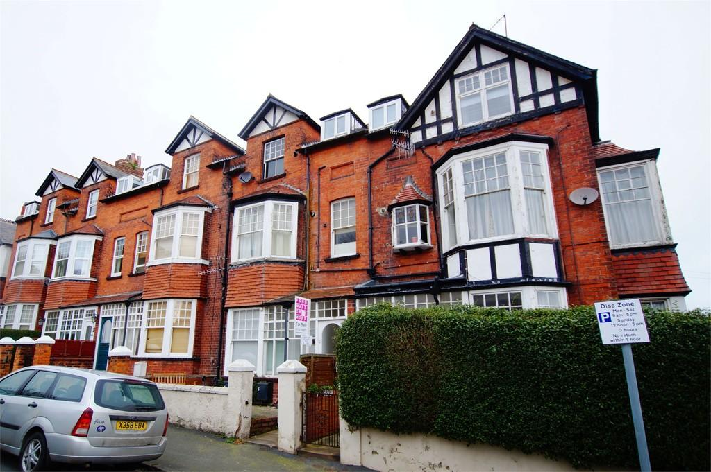 1 Bedroom Flat for sale in Princess Royal Pk Scarborough