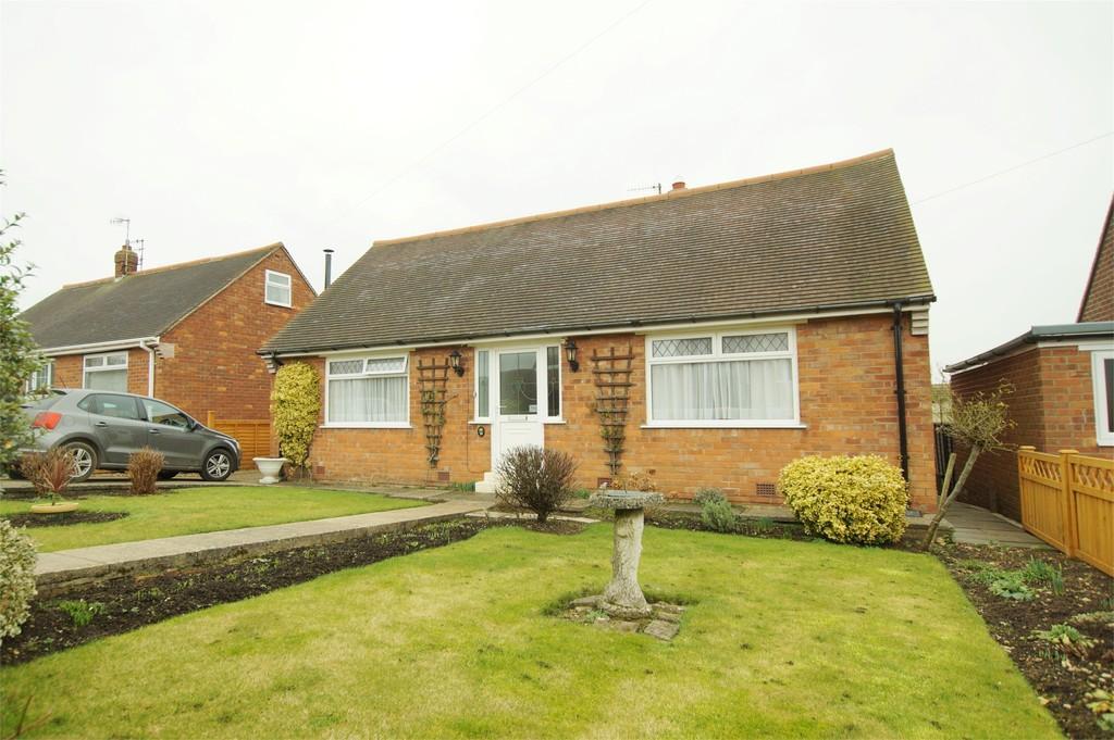 2 Bedrooms Detached Bungalow for sale in Brierley Road Crossgates Scarborough