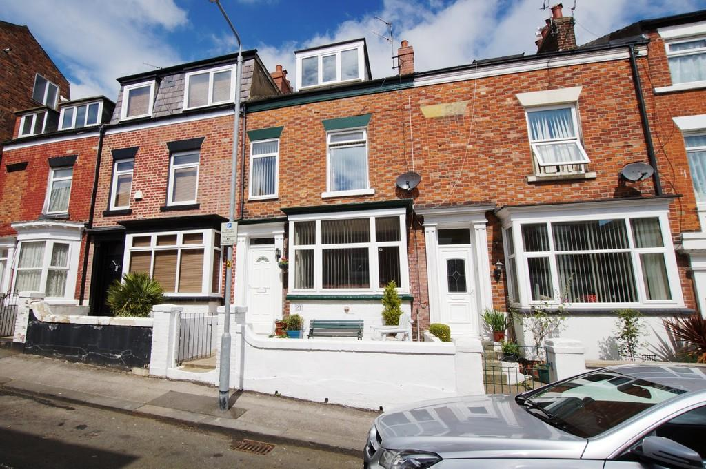 4 Bedrooms Terraced House for sale in Aberdeen Street Scarborough