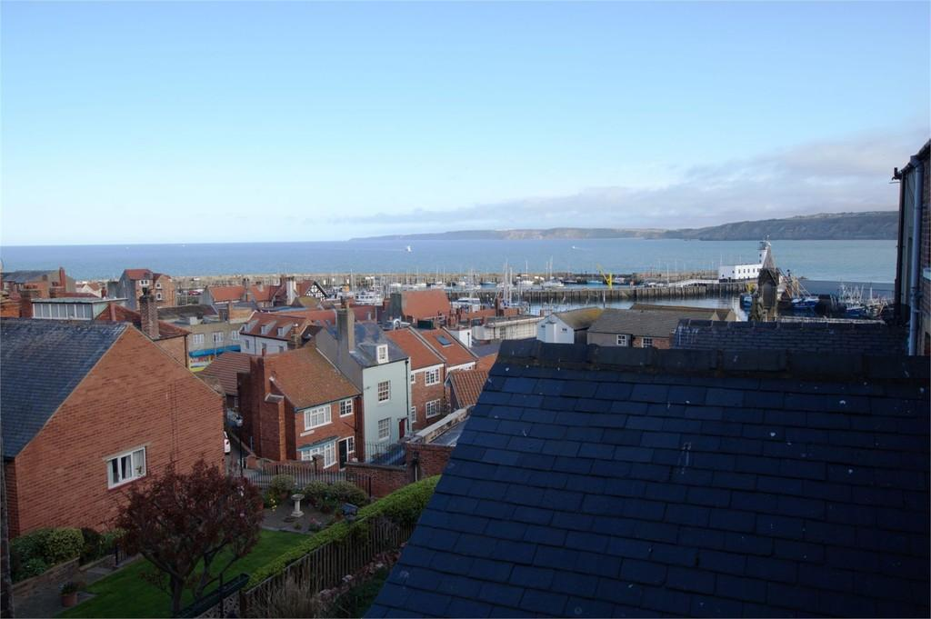 6 Bedrooms End Of Terrace House for sale in Princess Terrace Old Town Scarborough