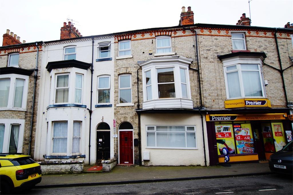 3 Bedrooms Flat for sale in Victoria Road Scarborough