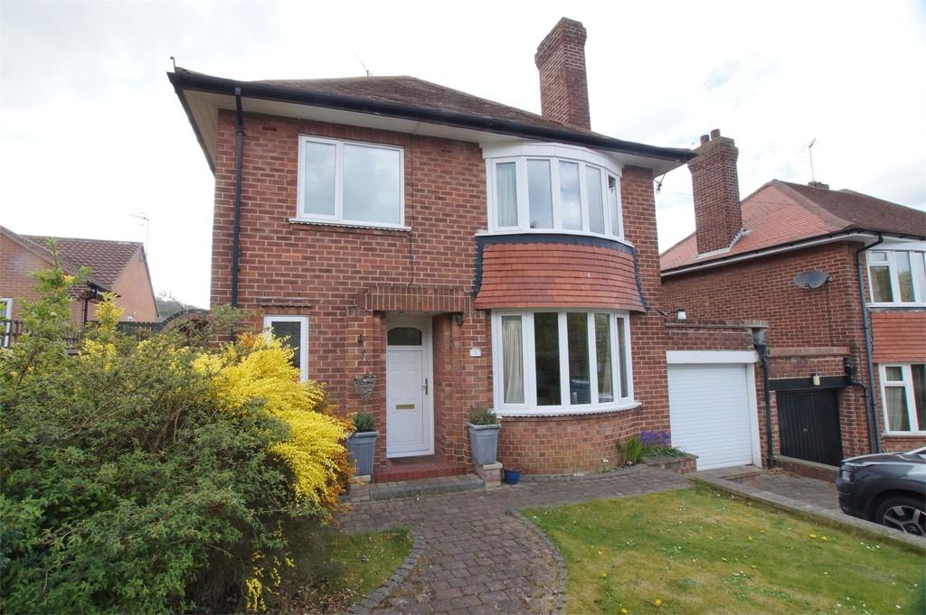 4 Bedrooms Detached House for sale in Evelyn Drive Scarborough