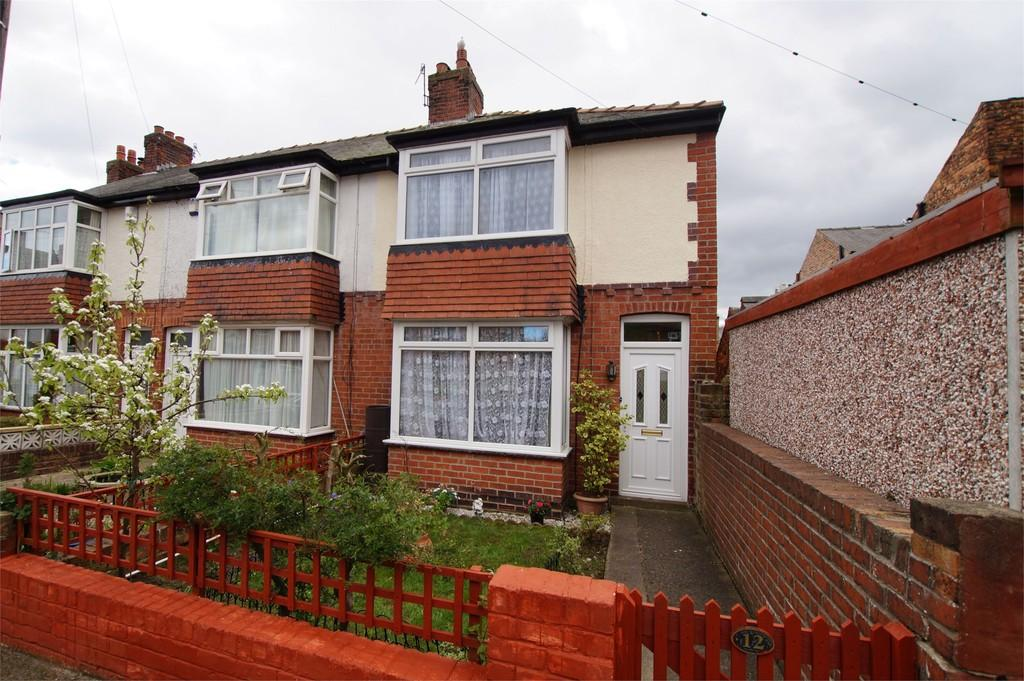 3 Bedrooms End Of Terrace House for sale in Derwent Avenue Scarborough