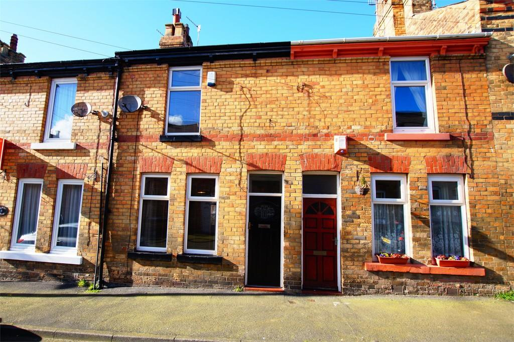 2 Bedrooms Terraced House for sale in Sandringham Street Scarborough