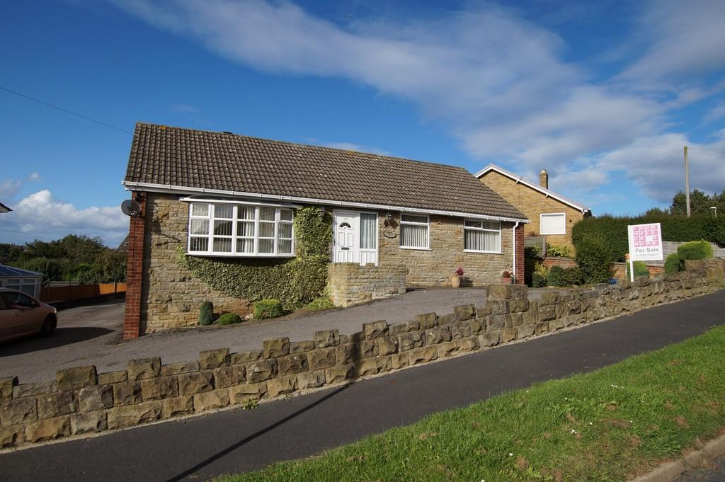 3 Bedrooms Detached Bungalow for sale in Weaponness Valley Road Scarborough