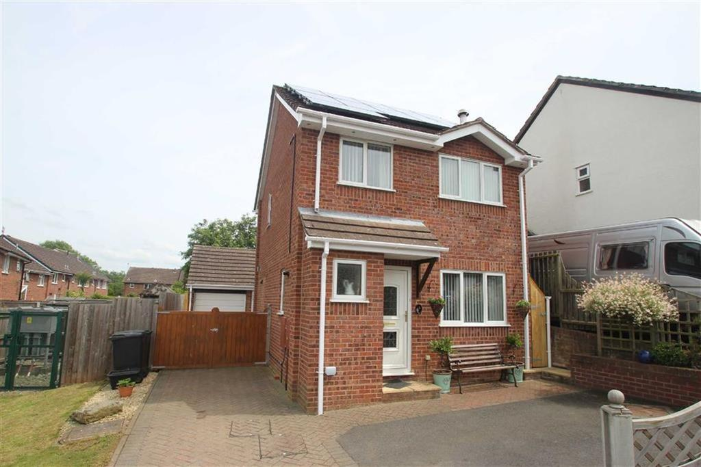 3 Bedrooms Detached House for sale in Beech Close, Ludlow