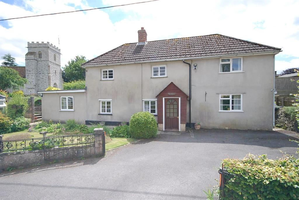 3 Bedrooms Detached House for sale in Middle Woodford, Wiltshire