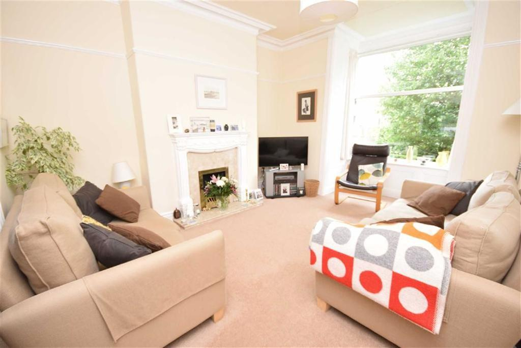 4 Bedrooms Terraced House for sale in Keighley Road, Colne, Lancashire