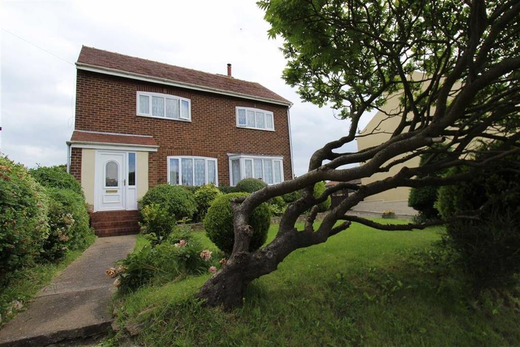 3 Bedrooms Detached House for sale in Scarborough Road, Bridlington, East Yorkshire, YO16