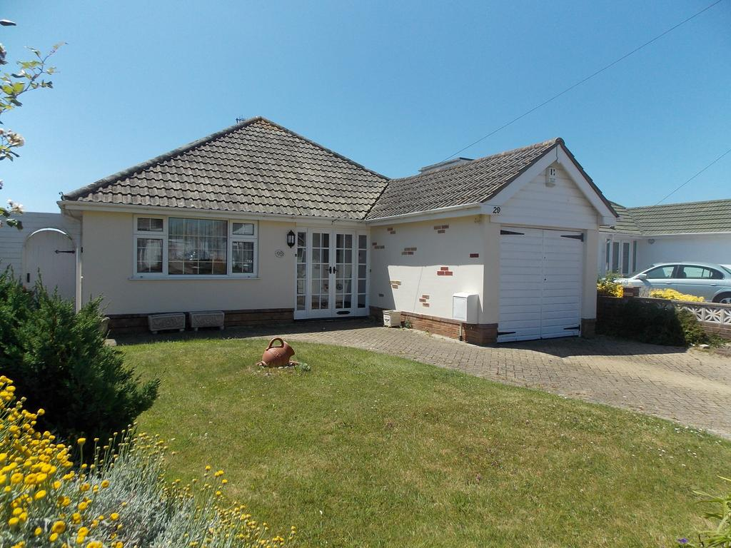 2 Bedrooms Detached Bungalow for sale in Southview Road, Peacehaven, East Sussex