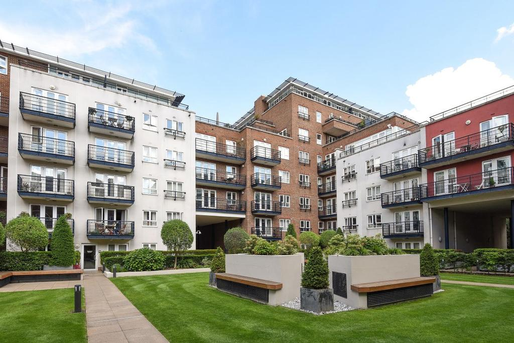3 Bedrooms Penthouse Flat for sale in Royal Quarter, Seven Kings Way, Kingston upon Thames, KT2