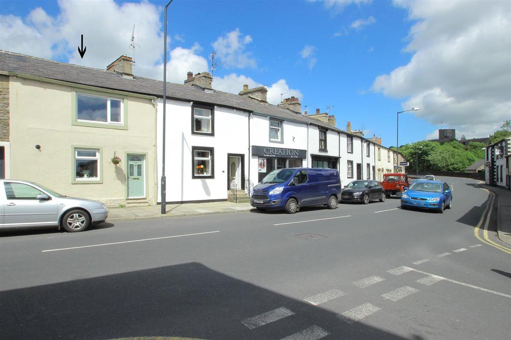 2 Bedrooms Cottage House for sale in Bawdlands, Clitheroe