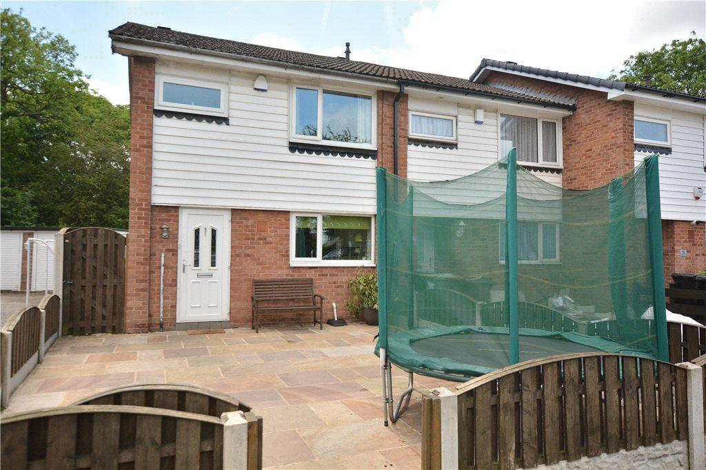 3 Bedrooms Semi Detached House for sale in Dutton Green, Leeds, West Yorkshire