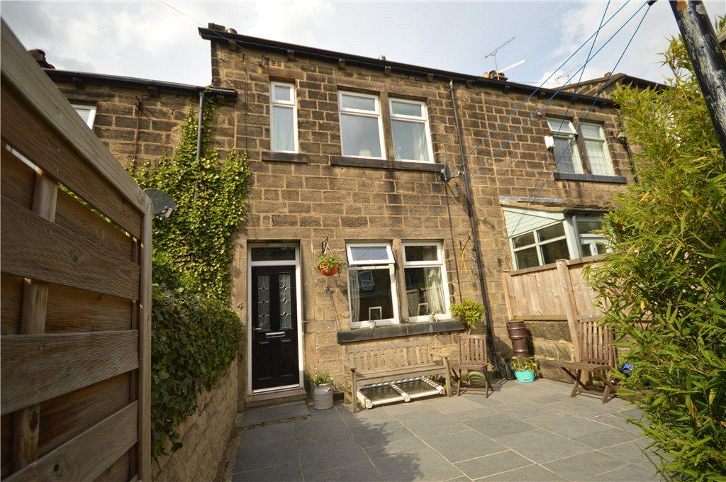 3 Bedrooms Terraced House for sale in South Street, Rawdon, Leeds