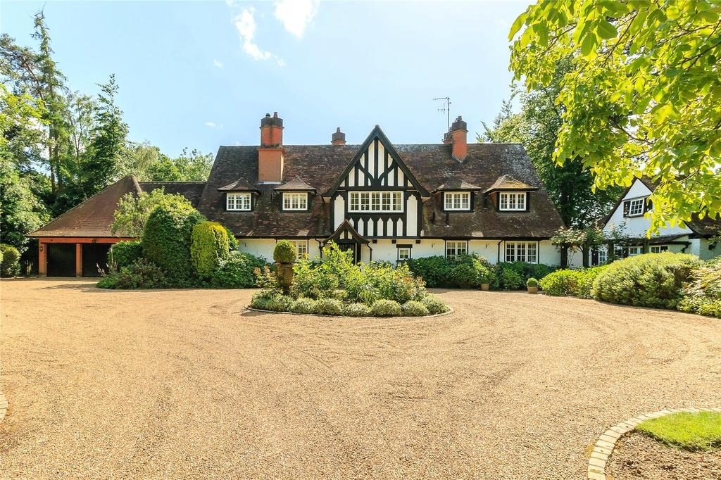 7 Bedrooms Detached House for sale in Chalfont Lane, Chorleywood, Hertfordshire