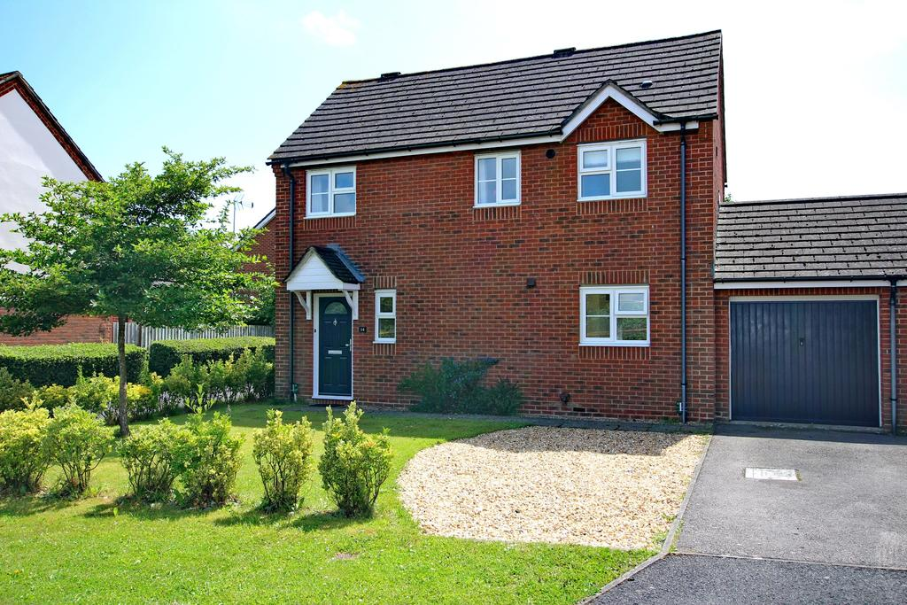 3 Bedrooms Detached House for sale in ROMAN GREEN, DENMEAD