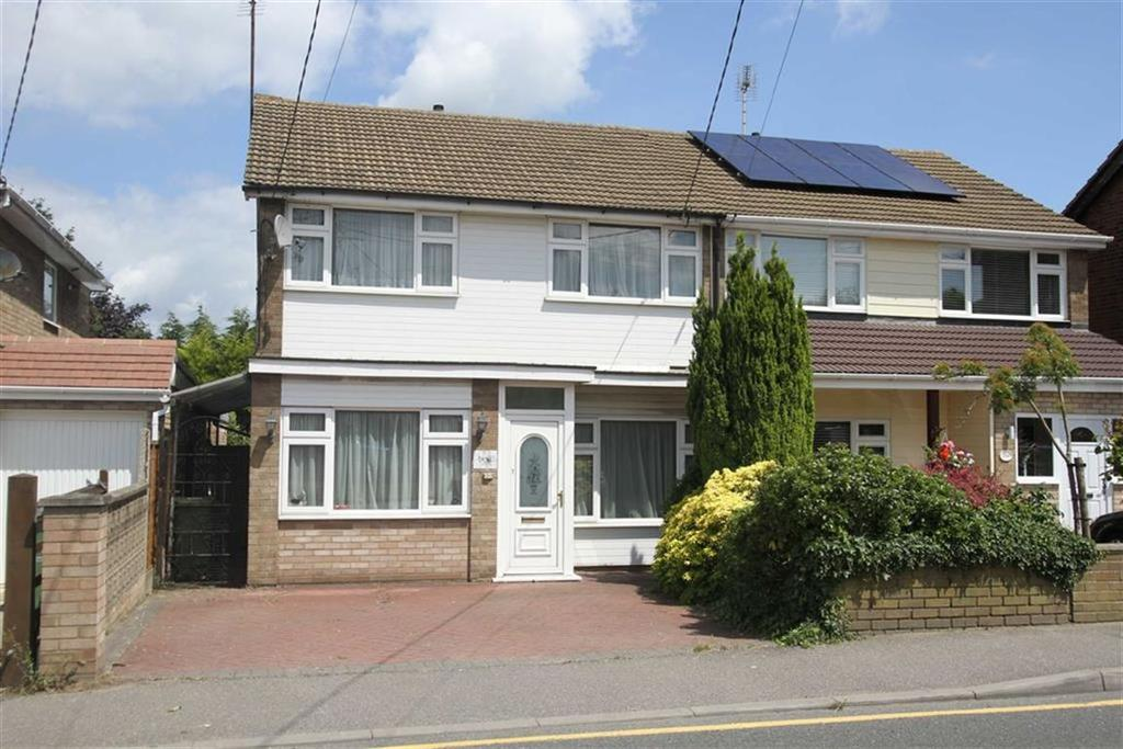 3 Bedrooms Semi Detached House for sale in Mountnessing Road, Billericay, Essex, CM12 0EH