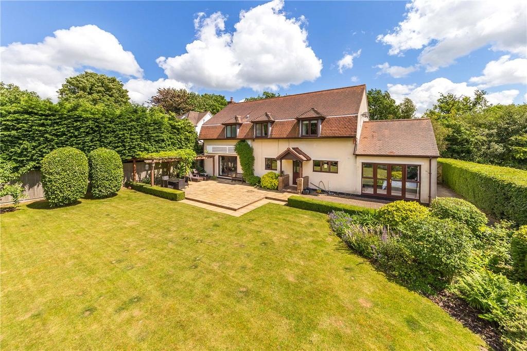 4 Bedrooms Detached House for sale in Danesbury Park Road, Welwyn, Hertfordshire