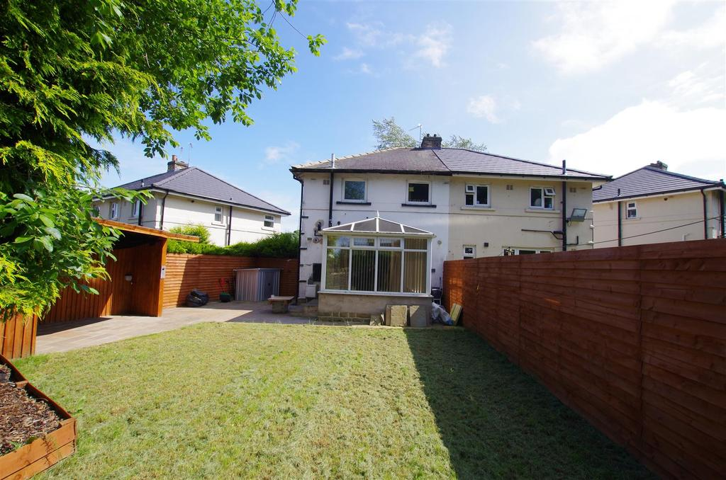 2 Bedrooms Semi Detached House for sale in Fletcher Crescent, Brighouse