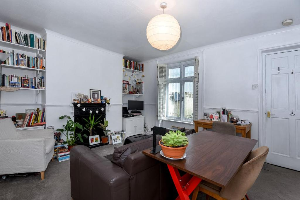 1 Bedroom Flat for sale in New North Road, Islington