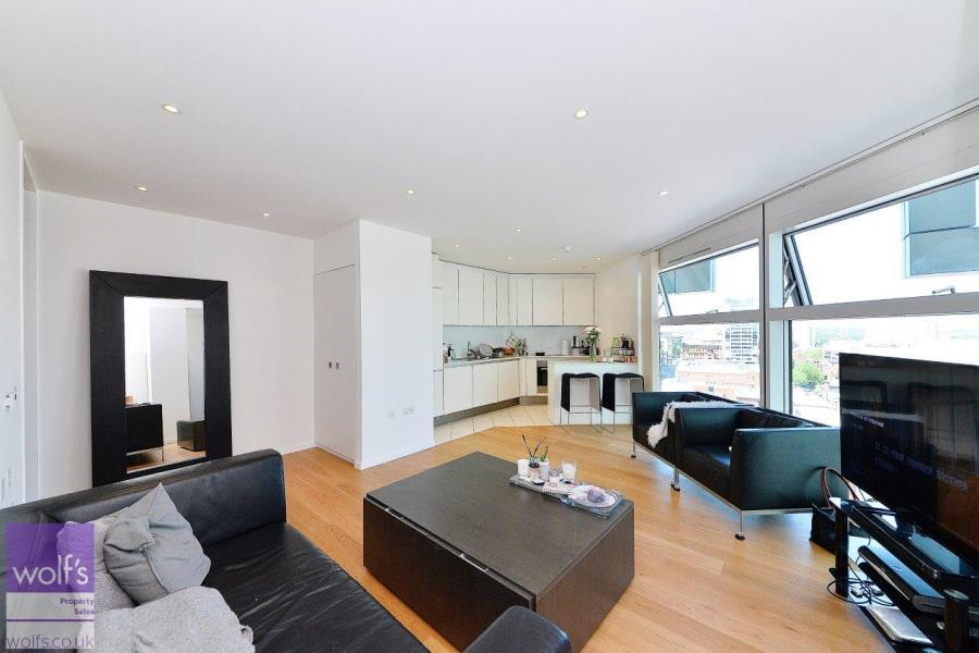 2 Bedrooms Apartment Flat for sale in The Cube West, City Centre, B1