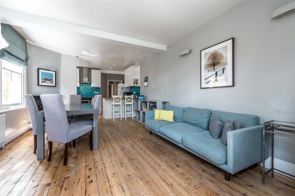 3 Bedrooms Flat for sale in Barnard Road, London, SW11