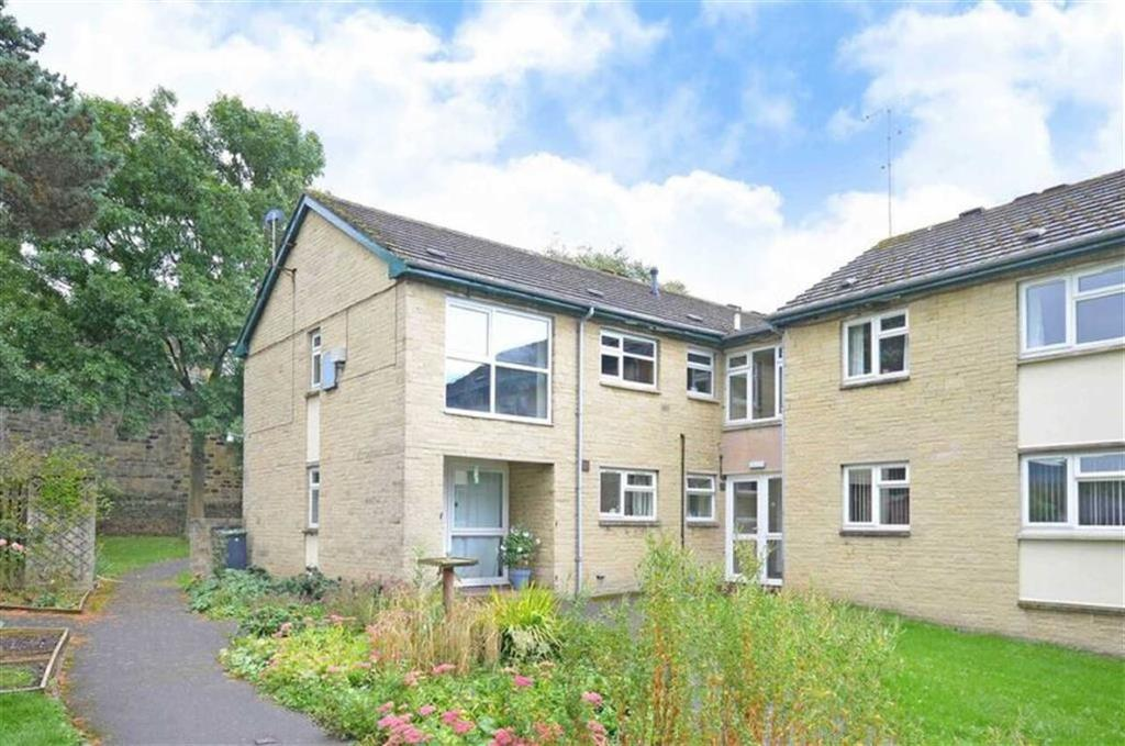 2 Bedrooms Flat for sale in First Floor Apartment, 9, The Crofts, Off Main Road, Hope Valley, S32