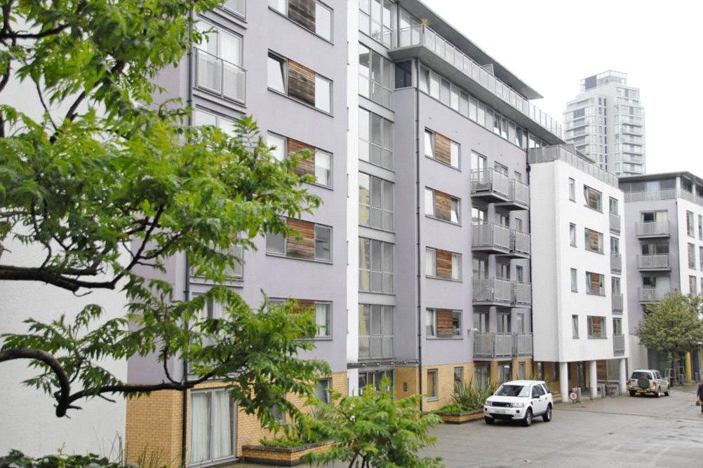1 Bedroom Flat for sale in Dakota Building, Deals Gateway, Lewisham, London, SE13