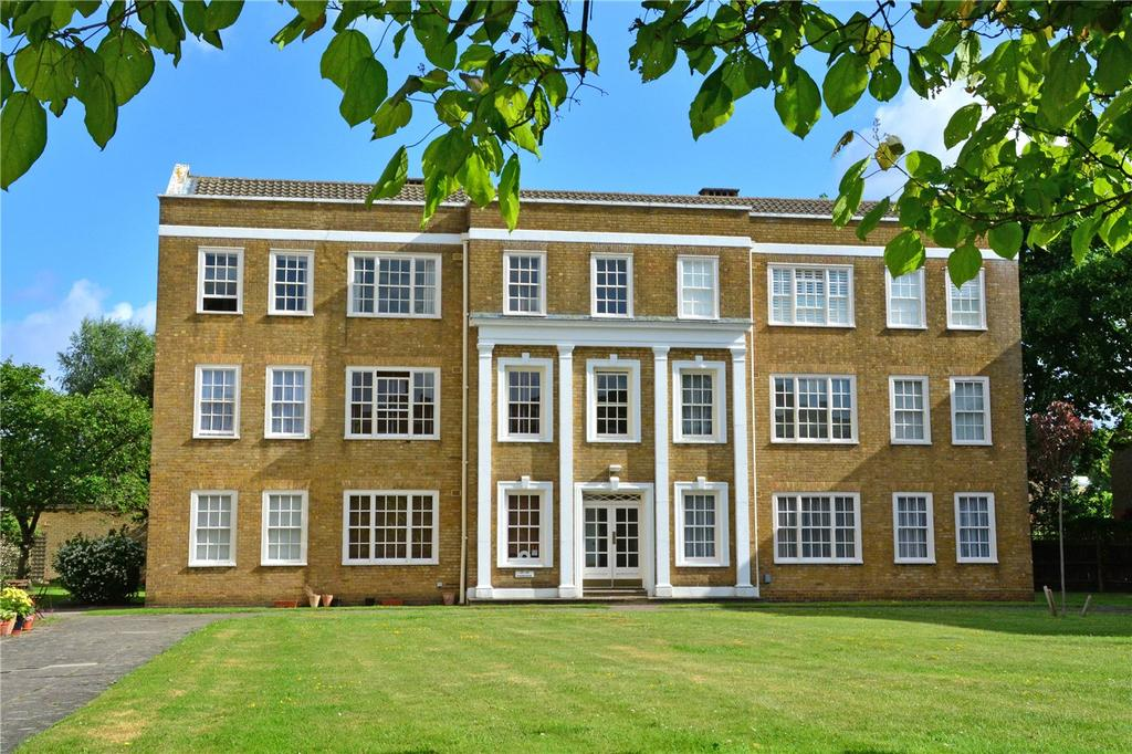 2 Bedrooms Flat for sale in Parkside, Vanbrugh Fields, Blackheath, London, SE3