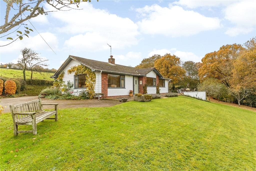 4 Bedrooms Detached Bungalow for sale in Halsfordwood Lane, Nadderwater, Exeter, EX4