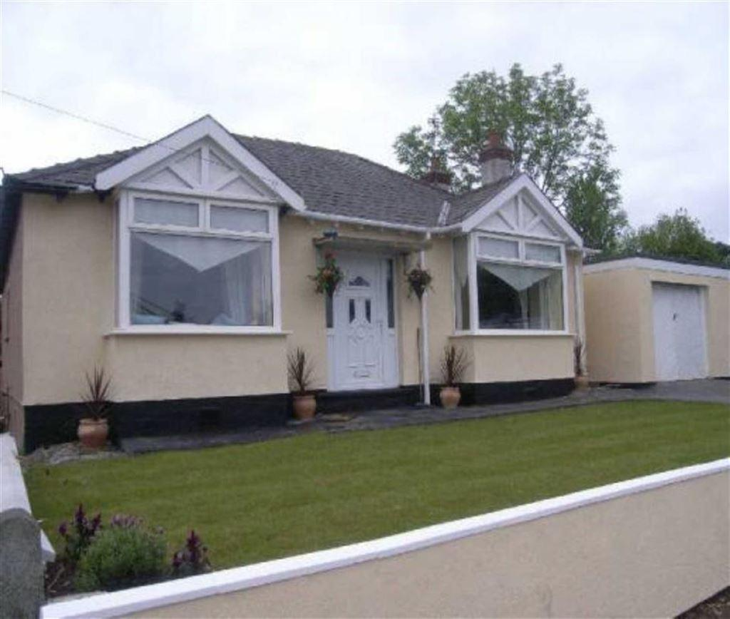 3 Bedrooms Detached Bungalow for sale in Old Aston Hill, Ewloe, Deeside