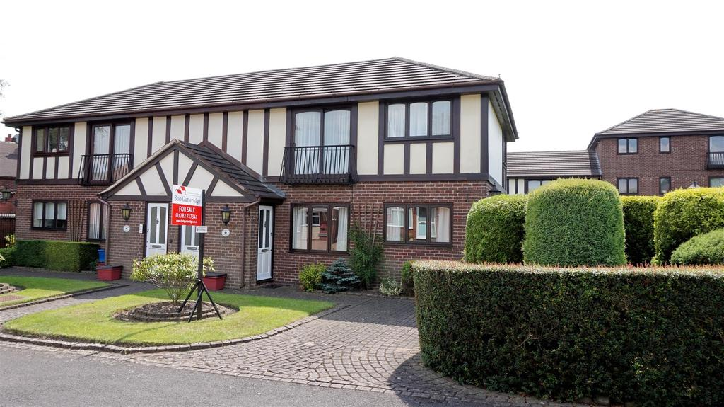 1 Bedroom Apartment Flat for sale in Tudor Court, Loring Road, Porthill, Newcastle, Staffs