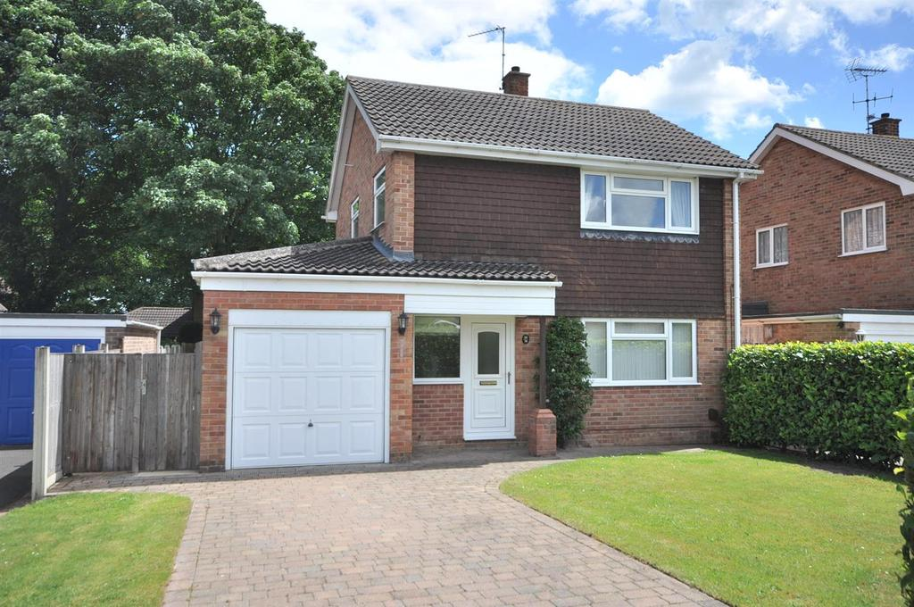 3 Bedrooms Detached House for sale in Ashworth Close, Newark