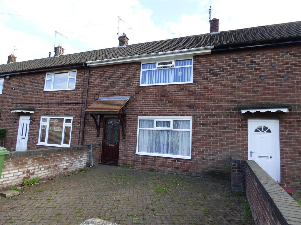 2 Bedrooms Terraced House for sale in 7 Burden Close, BEVERLEY, East Yorkshire, HU17 9LD