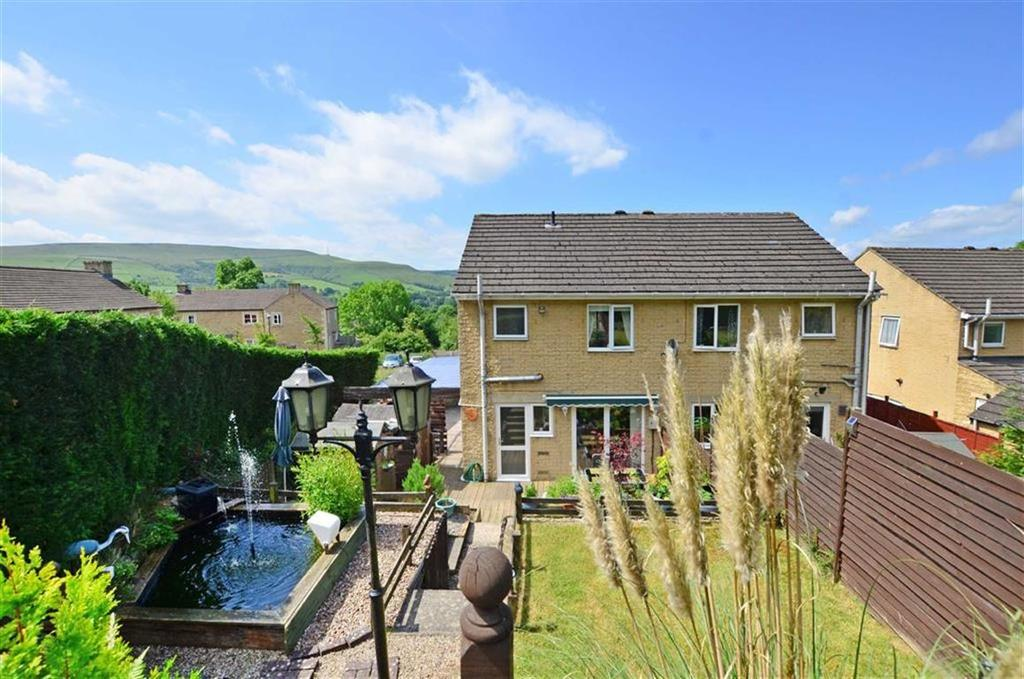 3 Bedrooms Semi Detached House for sale in 8, Brentwood Avenue, Bamford, Hope Valley, Derbyshire, S33