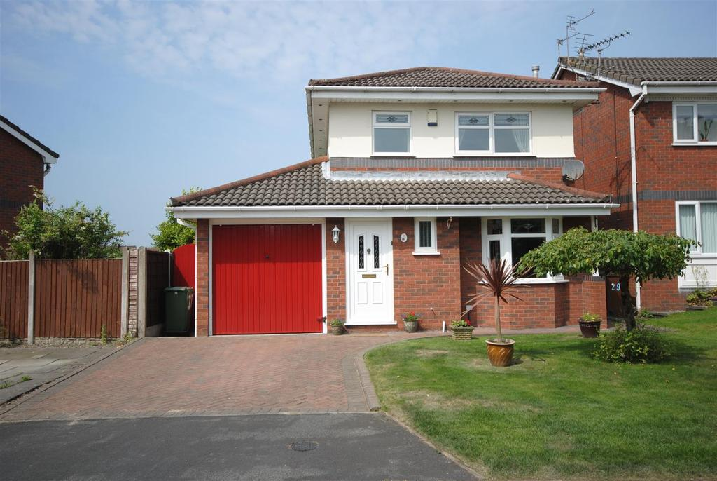 3 Bedrooms Detached House for sale in Thistledown Close, Wigan