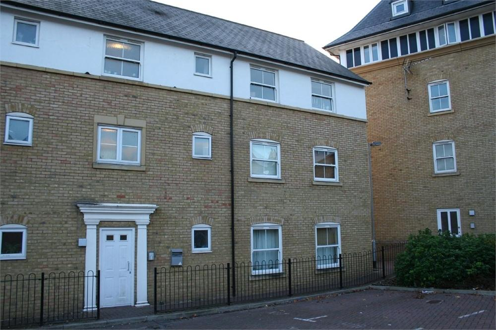 2 Bedrooms Flat for sale in Gresley Drive, BRAINTREE, Essex
