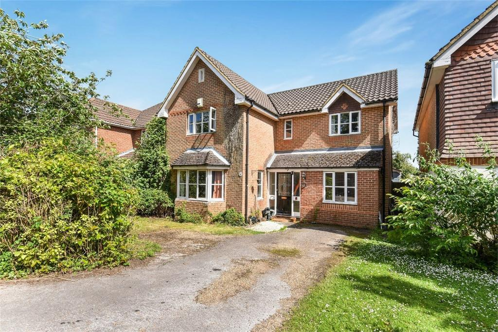 4 Bedrooms Detached House for sale in Holybourne, Alton, Hampshire