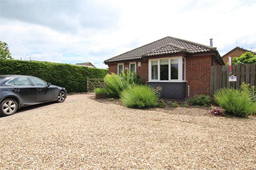 3 Bedrooms Detached Bungalow for sale in Wykeham Close, Driffield, East Riding of Yorkshire