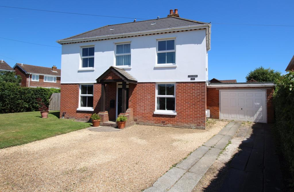 4 Bedrooms Detached House for sale in Locks Road, Locks Heath