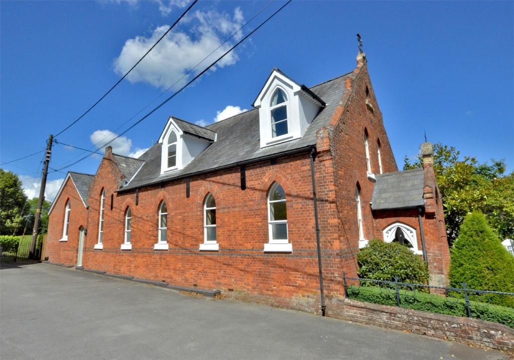 3 Bedrooms Detached House for sale in The Old School House, The Green, Finchingfield, Nr Braintree