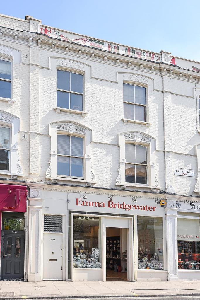 5 Bedrooms Flat for sale in Fulham Road, Fulham